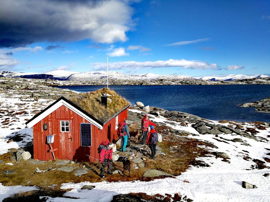 Hytte ved Svarthaugvatnet