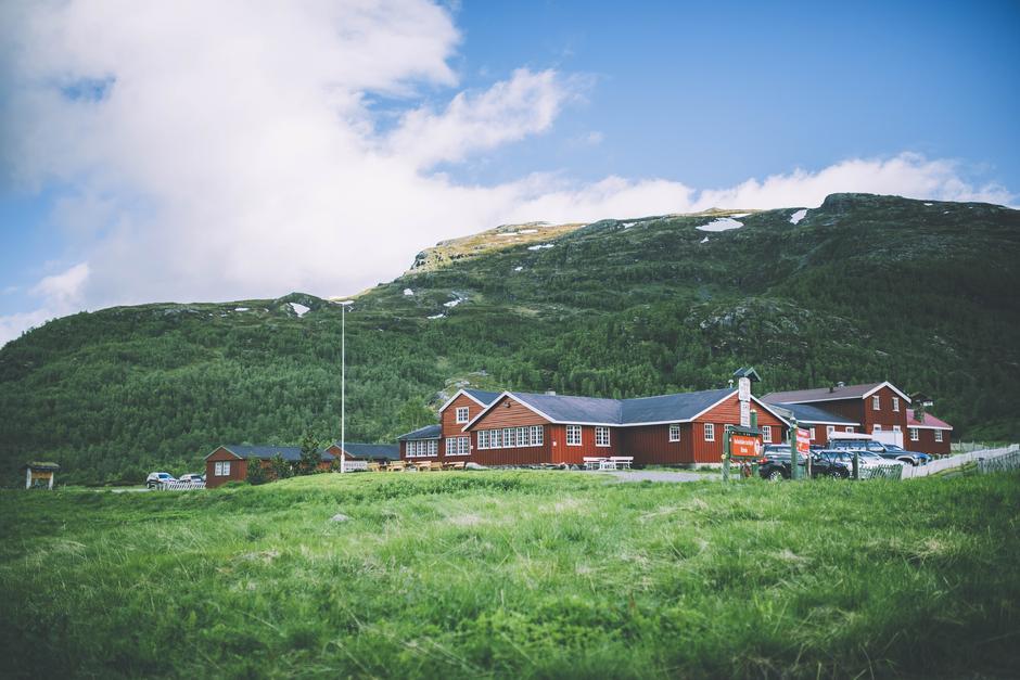Sommer på Aurlandsdalen Turisthytte Østerbø.