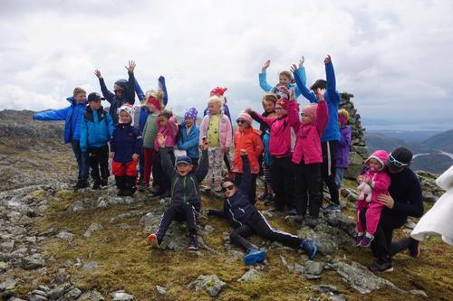 48 stykker til Skårefjellsåto på Barnas Turlag's tur