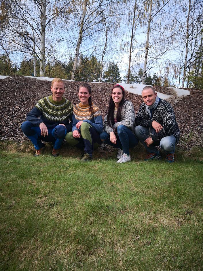 Lene Nylund og Thomas Rønningen har med seg svoger/svigerinne Tore Huseby og Mari Nylund Huseby i driften av Svukuriset.