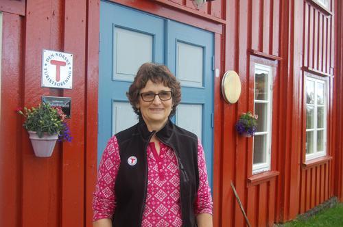 Bestyrer Leela Guenin ønsker velkommen til trivelige Svukuriset.