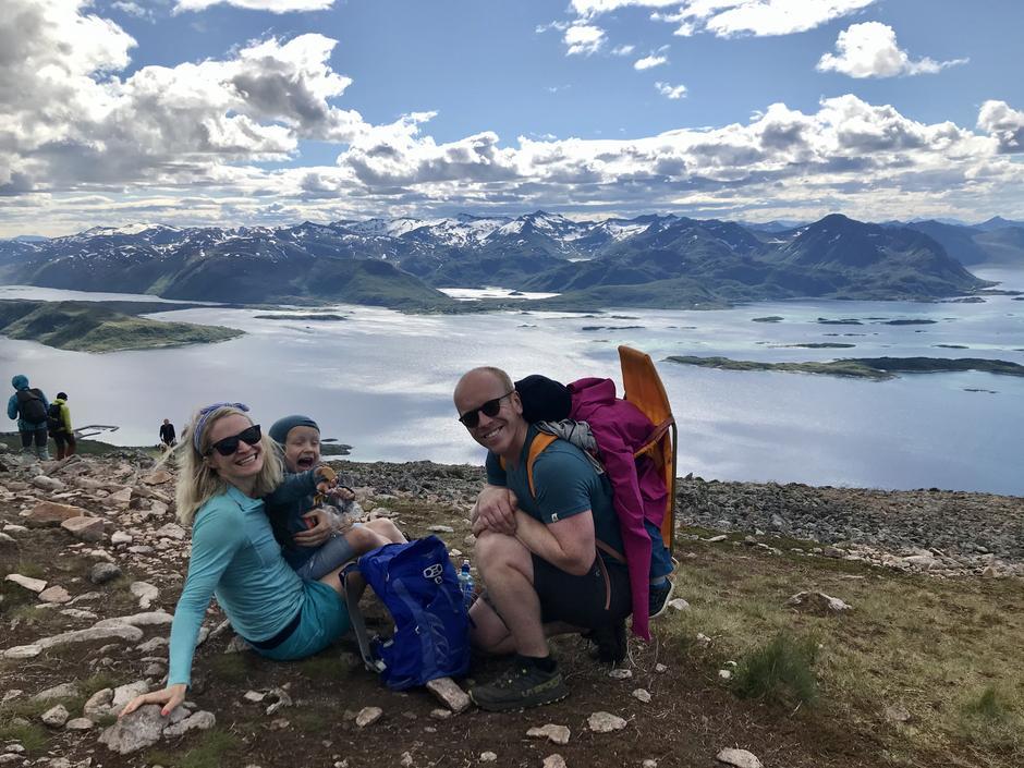 Familien Longva på ferietur på Senja