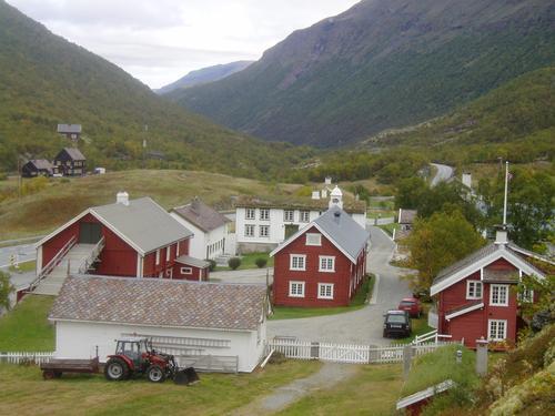 Utsikt over Kongsvold fjeldstue. Foto: Hilde Løken Magnussen