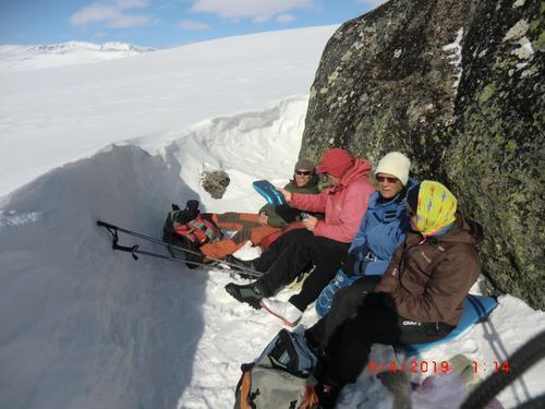 9. april hadde Seniorgruppa skitur til Store Nuten