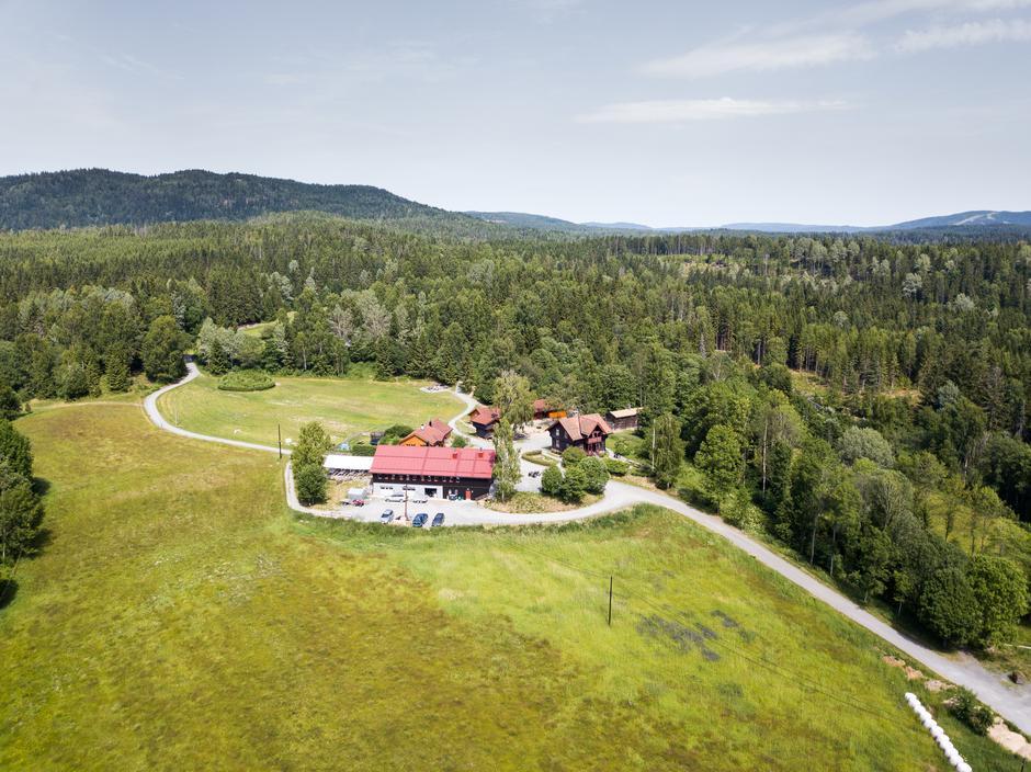 En vårtur til barnas sted i Bærumsmarka, Sæteren Gård, kan anbefales!