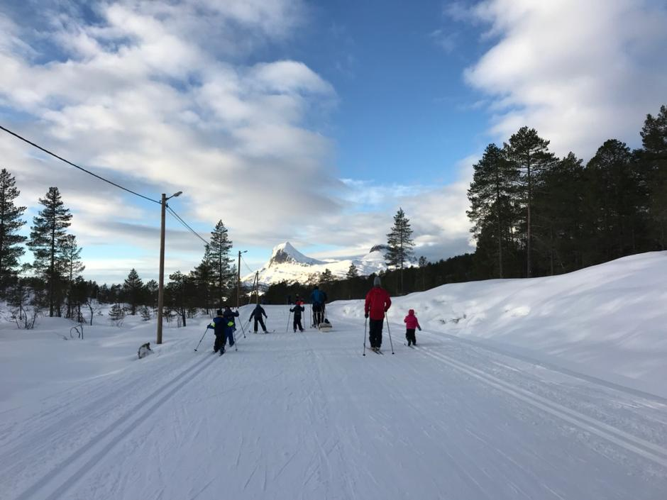 På Langeland tog dei seg også ein skitur i lag i regi BT Fosseheimen-Gaular