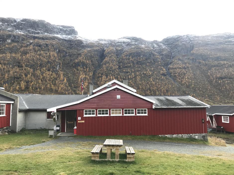 Aurlandsdalen Turisthytte er betjent til søndag 13. oktober..