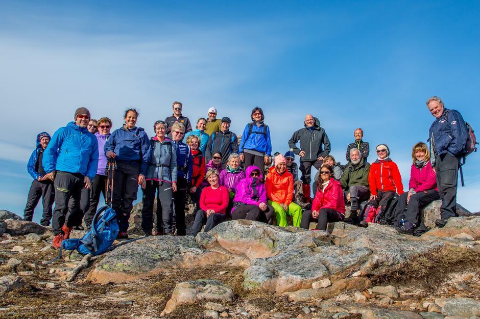 Turdeltagerne på fellestur til Fløystradfjellet (Skarven).