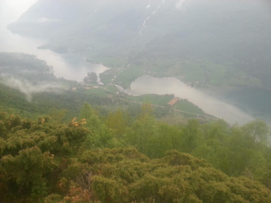 01.06.16 - Onsdagstur Melheimsetra / Solheimsetra. Flott tur i lett regnver med 16 personar og 3 hundar. Takk til alle og einkvar for god innsats.
