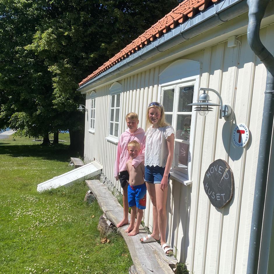 Saamund, Maren og Sondre vant opphold på Øitangen.