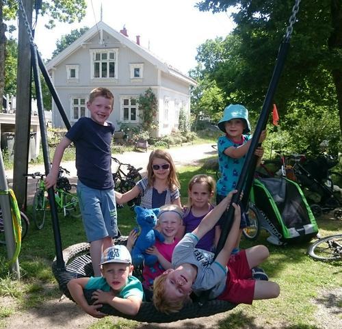 Barnas Turlag har syklet på Veierland