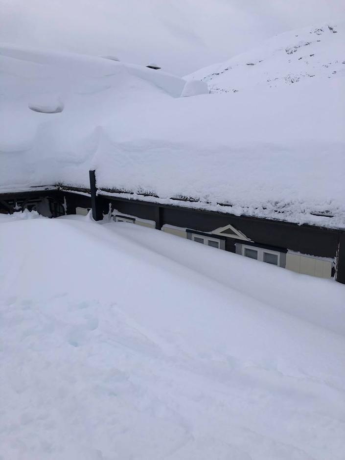 Det er bra med snø i Jotunheimen. Her fra Skogadalsbøen den 29. februar.