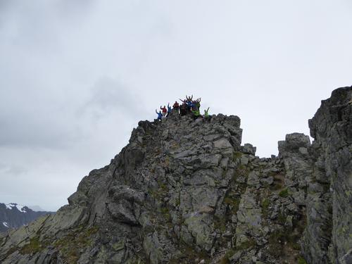 Patchell Fjellsport på toppen av Romedalstinden i 2015