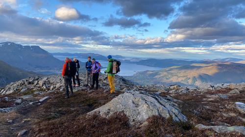 Vindfull tur til Aurdalsnibba og Revsdalshornet