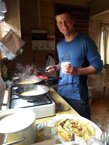 Kos på hyttene under sommerturlederkurset til DNT ung
