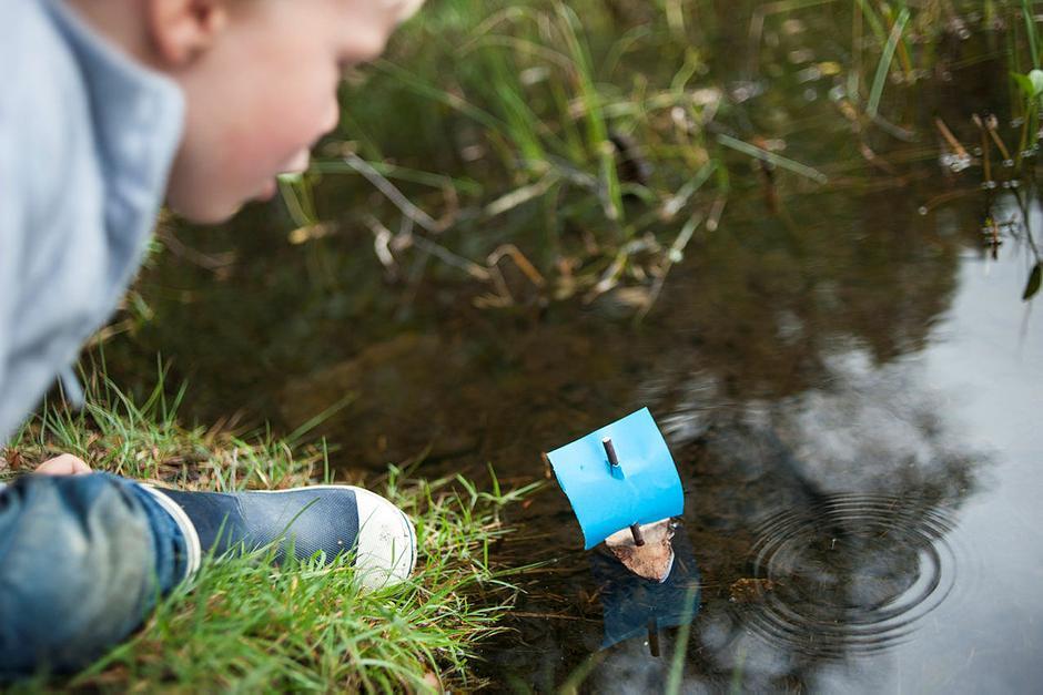 Barkebåtrenn er en sikker vinner hos barna. Husk kjekke premier til alle som er med!