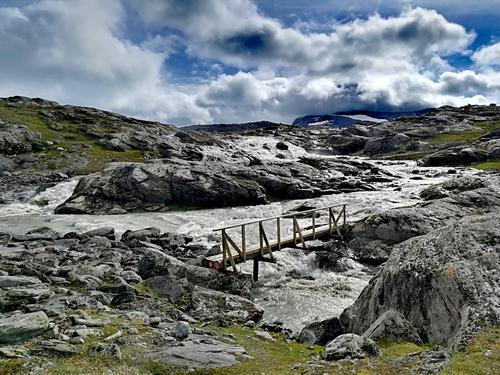 Adkomst Gråfjellhytta med bru over Jordåga