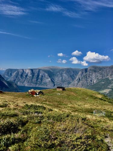 Hovdungo over Aurlandsfjorden