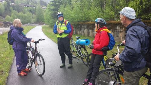 30. mai hadde Seniorgruppa sykkeltur på Valdresbanen