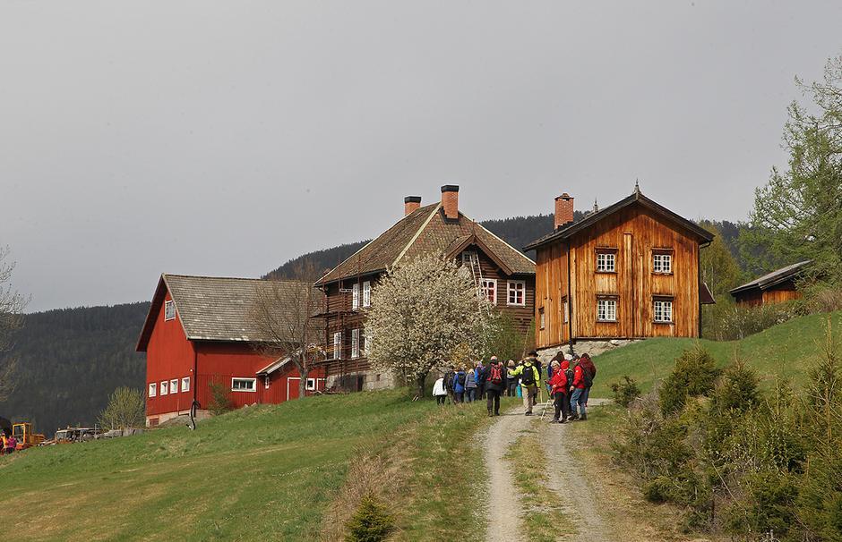 Gamlestua på Nisi. Skysstasjon på veg til Rjukanfossen.