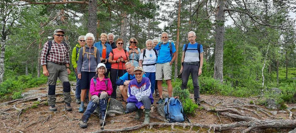 Fornøyde deltakere ved Store Klattertjernet.