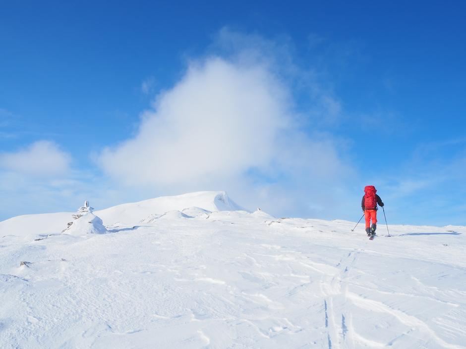 Over Karihø mellom Pyttbua og Veltdalen