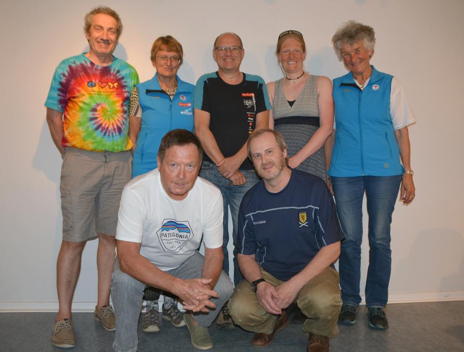 Styret 2019. Bak fra venstre: Peter de Besche, Sidsel Graff-Iversen, Kåre Hinna, Signe Riemer-Sørensen og Liv Frøysaa Moe. Foran fra venstre: John Hvidsten (leder) og Nils Mathisrud.