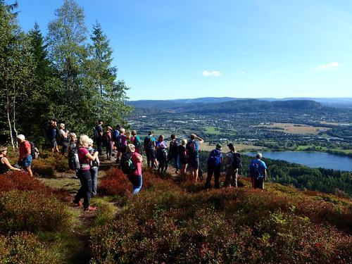 Utsikt fra Ramsåsen mot Stovi og Kolsås.