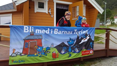 Bli med Turbo og Barnas Turlag på badetur til Grøtfjord!
