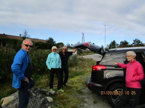 Tirsdagsgruppa på tur til Smøråsfjellet 1. september.