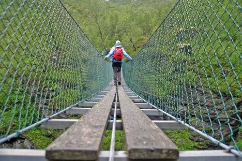 Vi søker brobyggere med sans for utfordringer