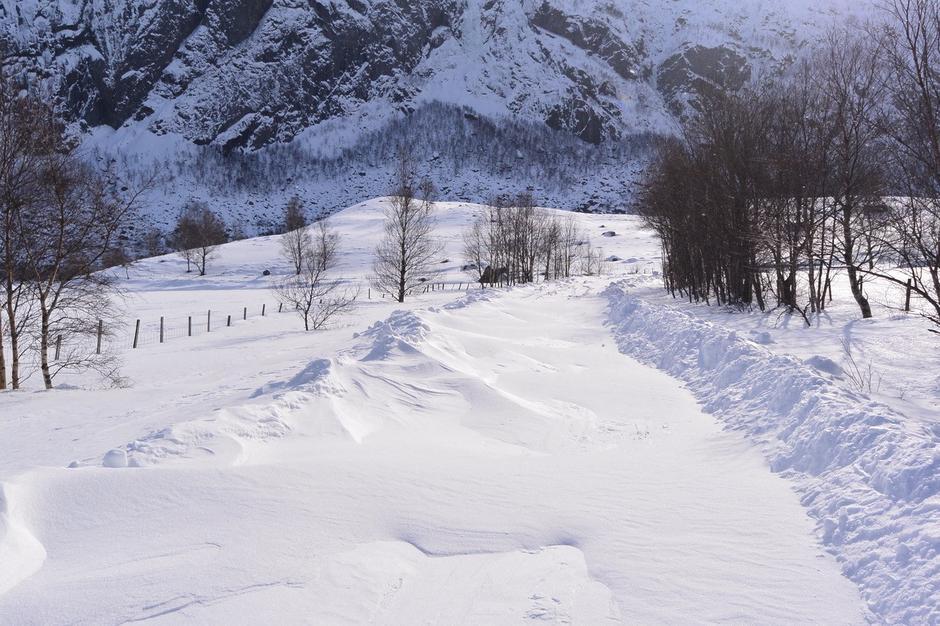 Veien opp til Vindalen og Skåpet 4 mars