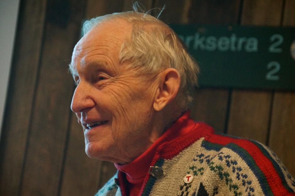 Til stede under utdelingen var også Øystein Dahle, tidligere styreleder i DNT og æresmedlem i foreningen.