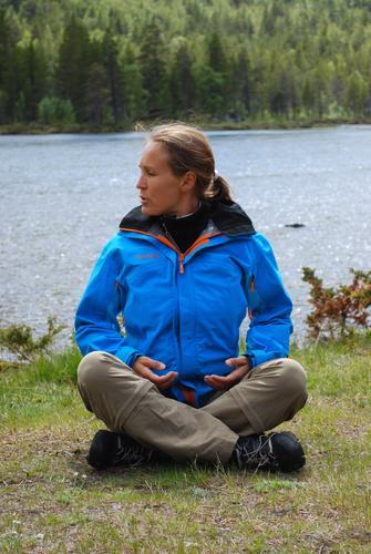 Yoga . Foto Ina Løvdal