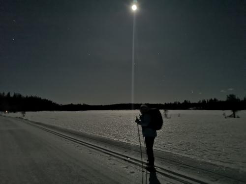 Måneskinnstur til Midtvatna Nordre Land