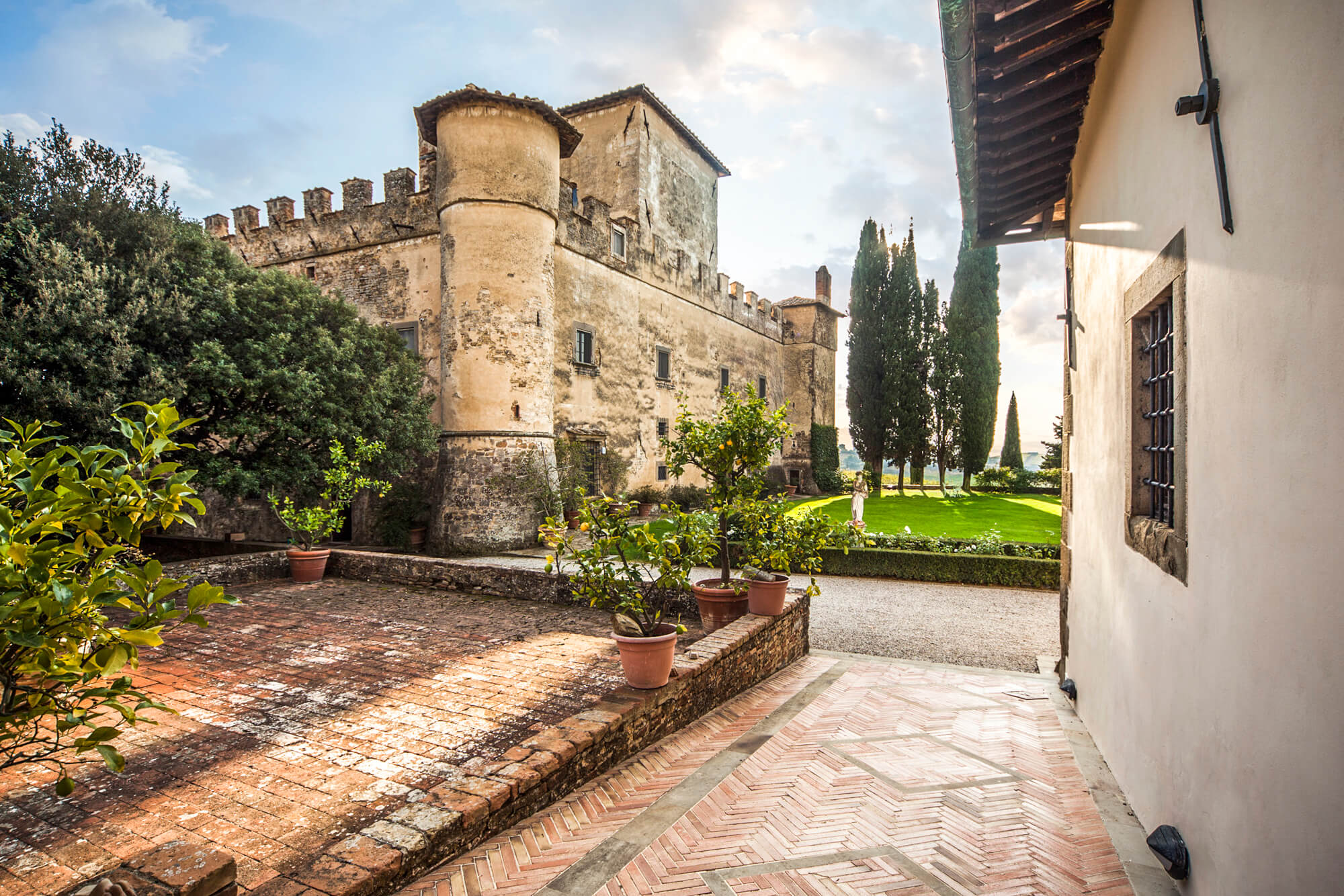Wine experience in Chianti castle