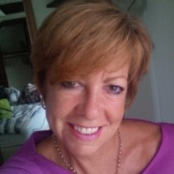 Deborah's profile picture