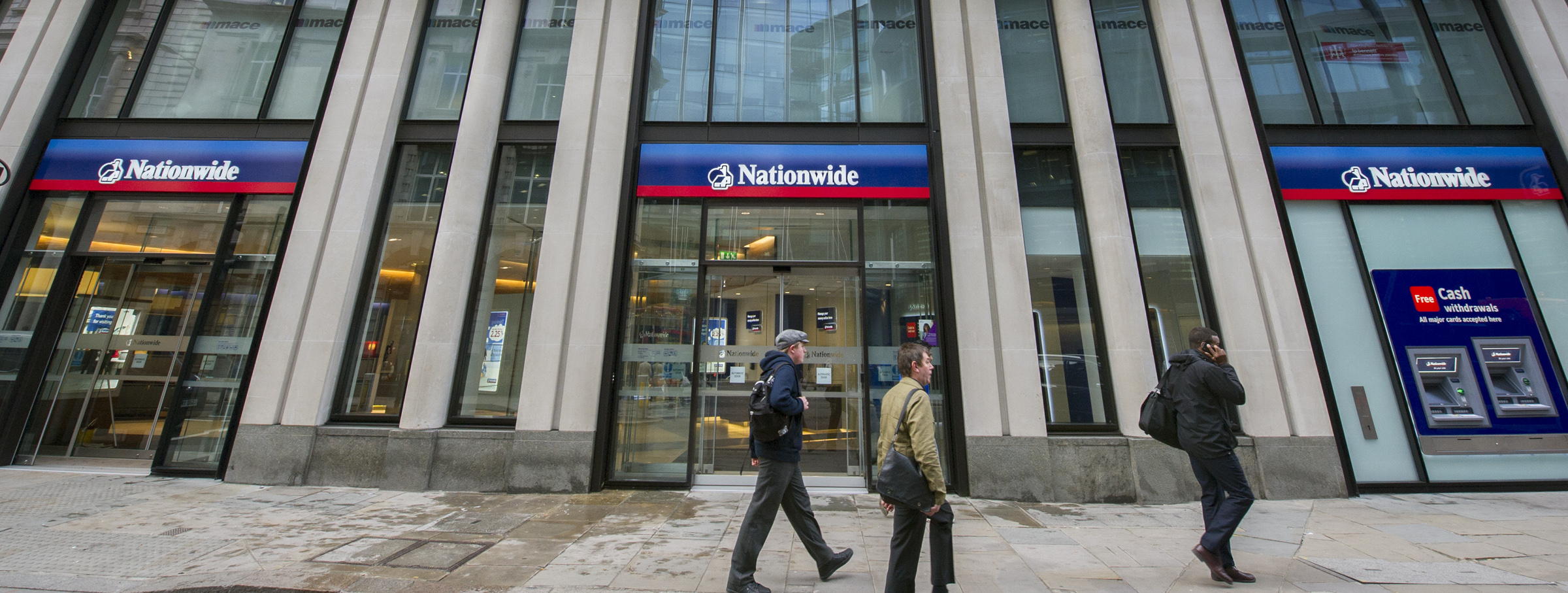 Nationwide comes to the heart of the City in the form of a new branch in Threadneedle Street. (22/4/13) Credit: Professional Images