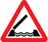 Opening or swing bridge ahead
