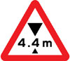 Maximum headroom of 4.4m at hazard ahead