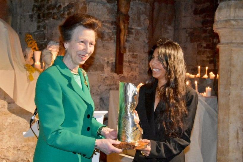 UKFT President presenting an award to Alighieri at London Fashion Week