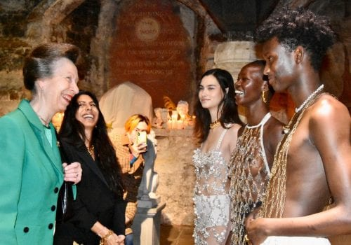 UKFT President presenting an award to Alighieri at London Fashion Week