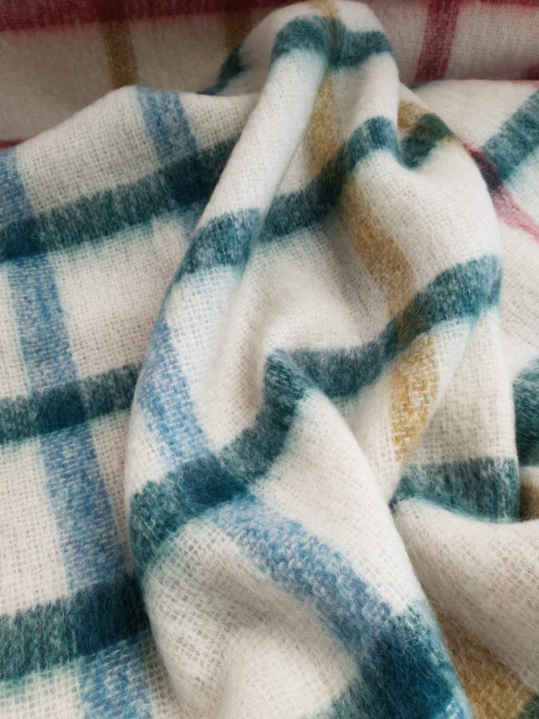 Samuel Tweed : Classic windowpane on semi sheer white ground. 64% Mohair 31% Wool 5% Nylon