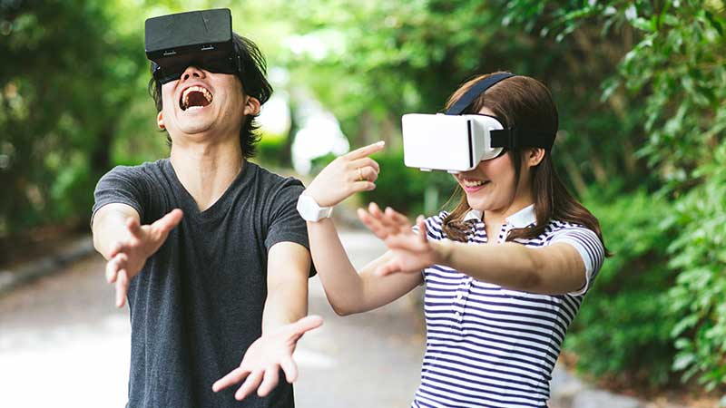 couple VR headset