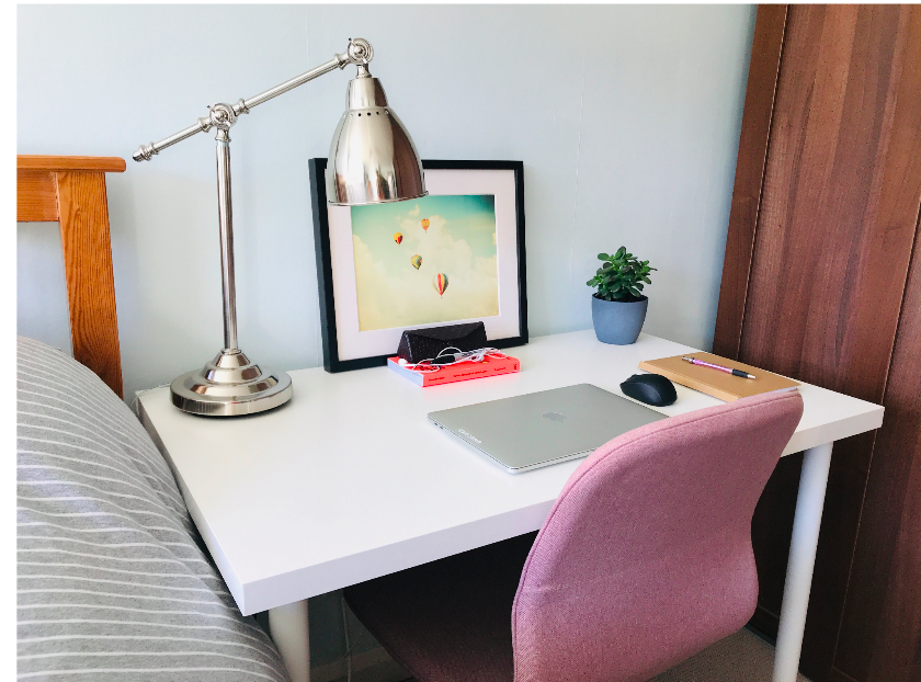 Tidy desk that shows home working
