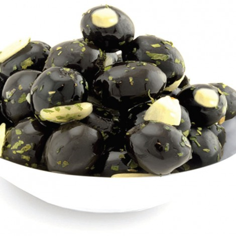 Black olives Stuffed With Cheese Per Kg
