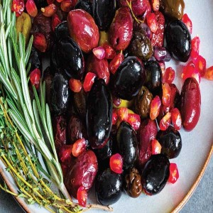 Black Olives W/Pomegranate And Per Kg