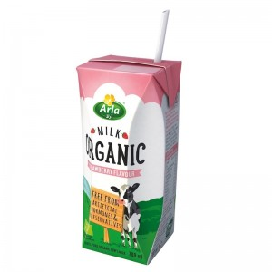Arla Organic Strawberry Flavored Milk - 200 ml