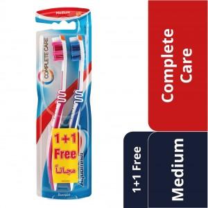 Aquafresh Complete Care Toothbrush, Medium