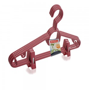 Lion-Star-Plastic-Hanger-Set-with-Clips-3-Pieces-Burgundy_Hero